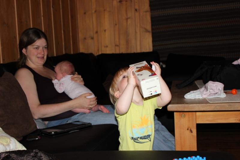 barn drikker litago